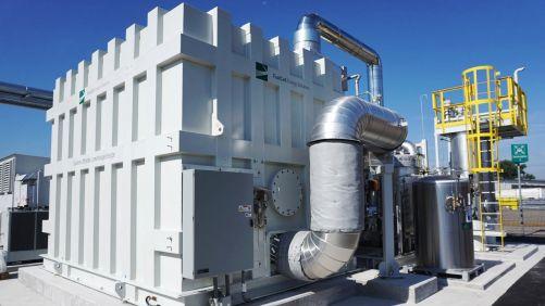 První evropská třígenerační jednotka s palivovými články DFC v Mannheimu s el. výkonem 1,4 MW (foto Siemens.com/press)