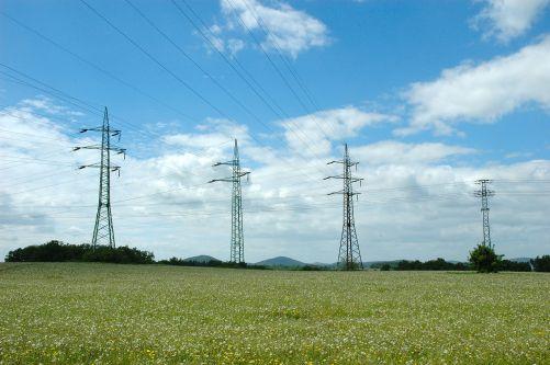 Ilustrační foto elektrického vedení (Zdroj: vzdělávací portál ČEZ Svět energie)