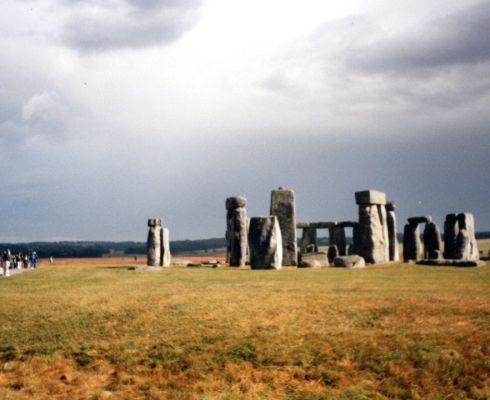 Dnes je Stonehenge cílem turistů (foto MD)