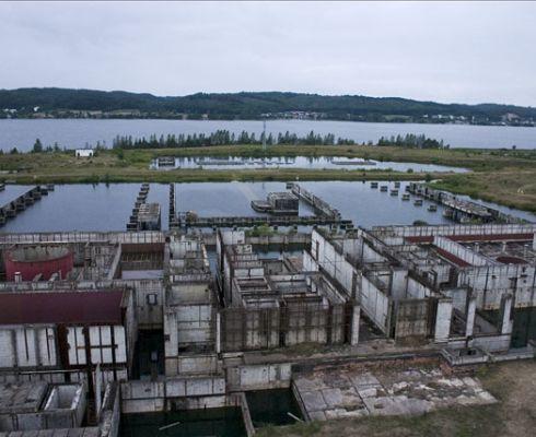 První polská jaderná elektrárna, nikdy nedostavěný Žarnowiec (zdroj Wikimedia Creative Commons)