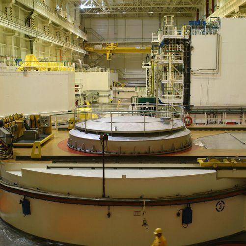 Srdcem každého ze čtyř bloků Jaderné elektrárny Dukovany je jaderný reaktor umístěný pod tímto krytem (zdroj: vzdělávací portál ČEZ Svět energie)