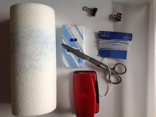 Pomůcky k rychlé výrobě levné a účinné hygienické roušky (foto MD)
