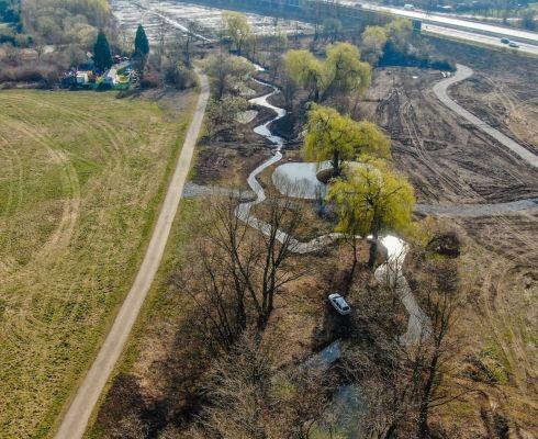I v hlavním městě jde najít místa, kde lze vytvořit vodní meandry (zdroj Hl. m. Praha)