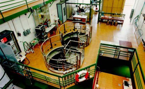 Školní reaktor Vrabec v celé své kráse. K reaktoru je  možné si objednat také exkurzi. (foto FJFI)