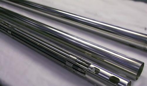 Experimentální palivové proutky tolerantního paliva (zdroj Rosatom)