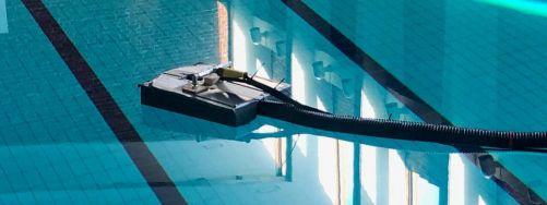 Testování inspekčního a čisticího robota parního generátoru Loviisa v bazénu Jyväskylä (zdroj: JAMK University of Applied Sciences)