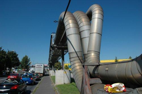 Vysokotlaké potrubí pro zemní plyn Linec - Bad Leonfelden (OÖ Ferngas, Rakousko). (Copyright Otto Normalverbraucher, zdroj Wikimedia)
