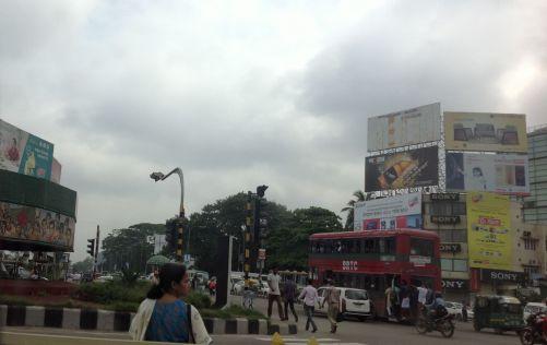 Momentka z dvacetimilionového hlavního města Bangladéše, Dháky (foto MD)