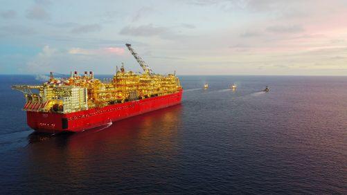 Plovoucí továrna na těžbu a zkapalňování zemního plynu Prelude (zdroj Shell)