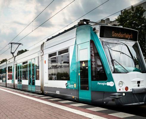 Testovací jízdy první zcela autonomní tramvaje v ulicích Postupimi (foto Siemens.com/Press).